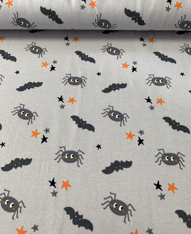 Zirneklīši ar sikspārņiem