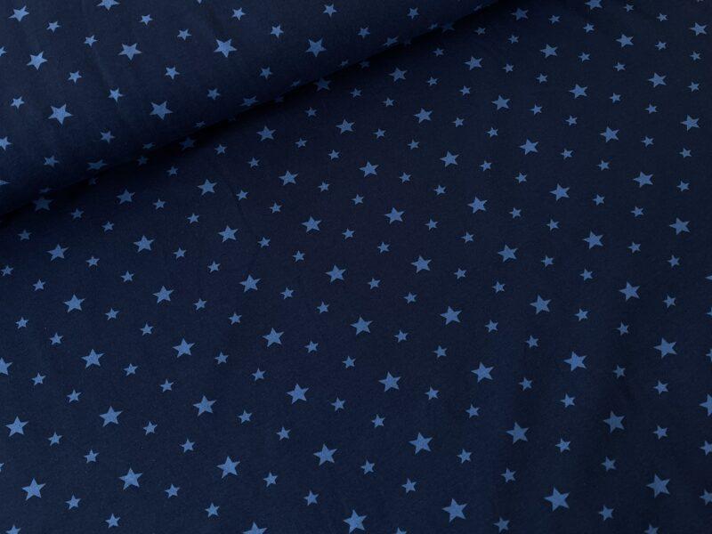 Zvaigznes uz tumši zila