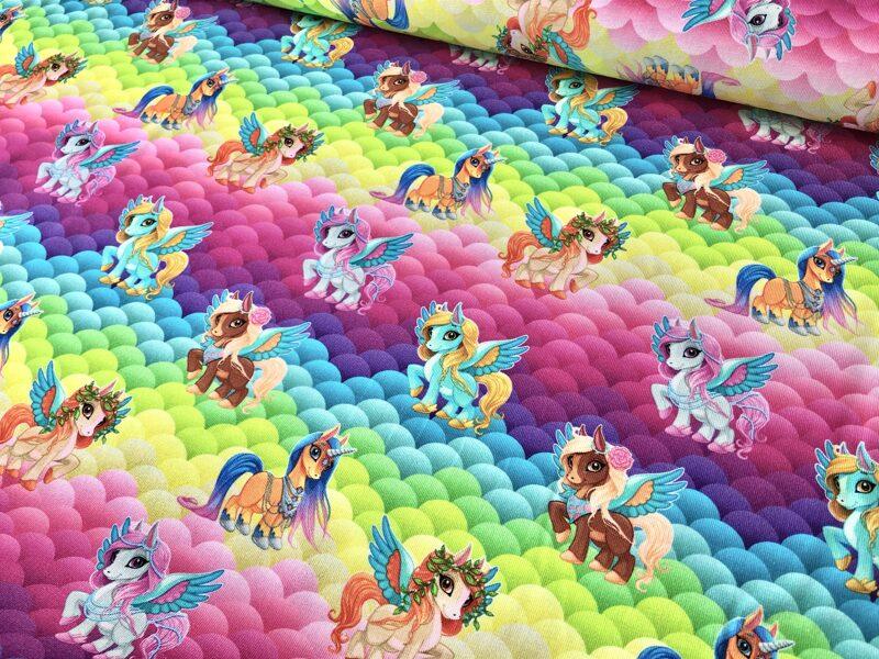 Poniji varavīksnē